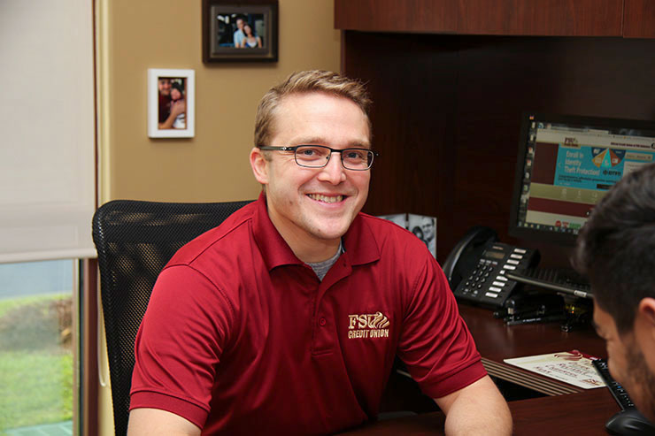 A FSU Credit union representative