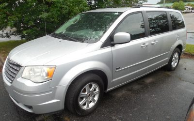 2008 Town and Country Van